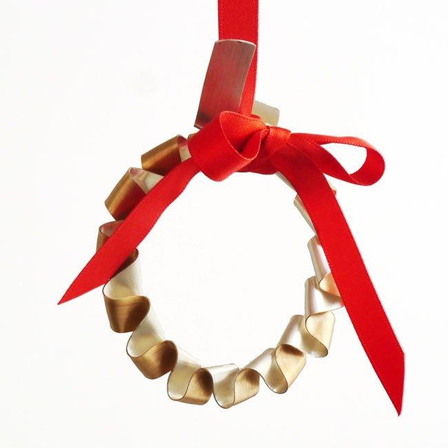 chris perry britannia silver gilt christmas wreath